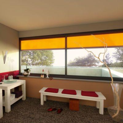 Praktische Fenstermarkise farblich angepasst an das Wohnzimmer